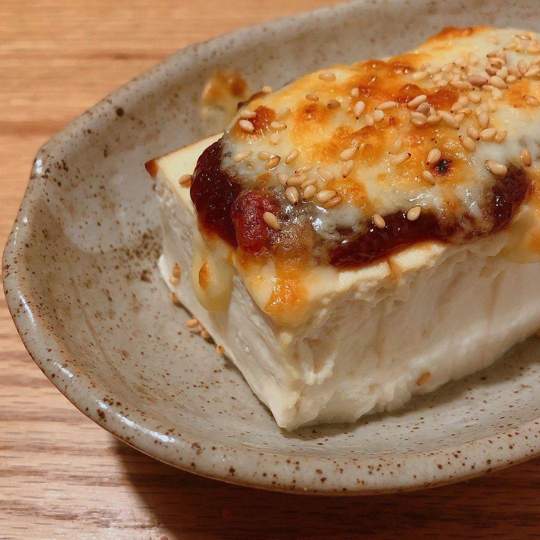 豆腐のチーズのせ甘辛田楽